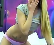 Cute Blonde Webcam Girl