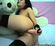 Busty hot chick strokes her tight pussy