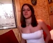 Alicia on webcam for the first time, gorgeous brunette