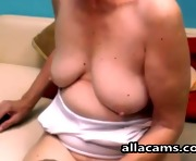 Horny granny amateur model makes webcam at home