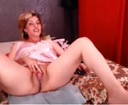 Hot Mom blond n 2